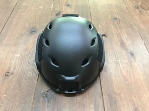 TMC OPS-CORE FASTタイプ レプリカ ヘルメット BKの写真0