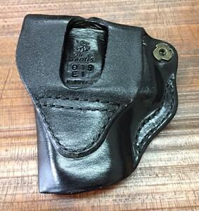 De Santis レザーホルスター MINI-SCABBARD Glock 26の写真1