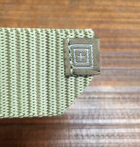 5.11 TACTICAL トラバース ダブルバックルベルト 59510 サンドストーンの写真5