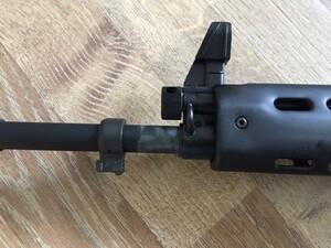 東京マルイ ガスガン 89式5.56mm小銃 ライフル 固定銃床型 予備マグ・マウントベース付きの写真3