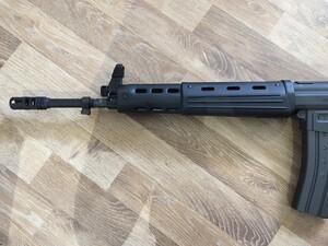 東京マルイ ガスガン 89式5.56mm小銃 ライフル 固定銃床型 予備マグ・マウントベース付きの写真5