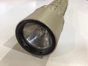 SUREFIRE タクティカルライト G2 ナイトロン コヨーテ V70ホルスター付きの写真3