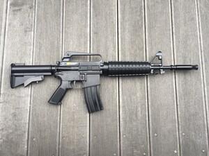 東京マルイ コルト XM177E2 10才以上 マガジン給弾難あり トイガンの写真2