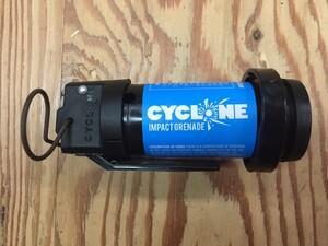 AIRSOFT INNOVATIONS サイクロンインパクトグレネード ガス式BB弾 ブルー 不動作品の写真2