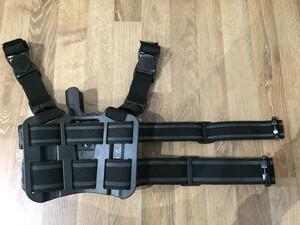 BLACKHAWK セルパ LV2 レッグホルスター グロック17/22 右利き用の写真1