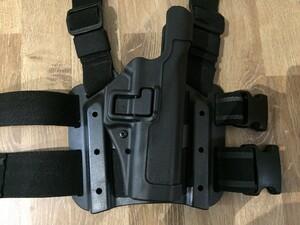 BLACKHAWK セルパ LV2 レッグホルスター グロック17/22 右利き用の写真2