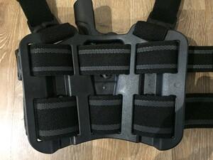 BLACKHAWK セルパ LV2 レッグホルスター グロック17/22 右利き用の写真3