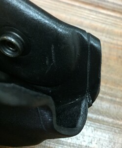 AKER レザーハンドカフケース A506-BP プルスロータイプ BLACK サバゲーの写真3