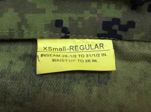 カナダ軍タイプ BDU CADPAT キャドパット XS-R 上下セットの写真4
