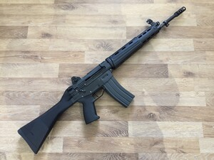 東京マルイ ガスガン 89式5.56mm小銃 ライフル 固定銃床型 予備マグ・マウントベース付きの写真2
