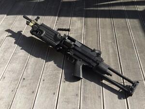 A&K 電動ガン M249 パラトルーパー 給弾難あり 分隊支援の写真9