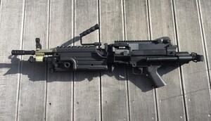 A&K 電動ガン M249 パラトルーパー 給弾難あり 分隊支援の写真2