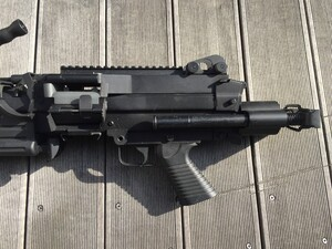 A&K 電動ガン M249 パラトルーパー 給弾難あり 分隊支援の写真5